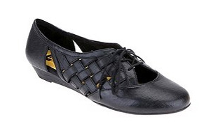 Uo Cutout Oxford