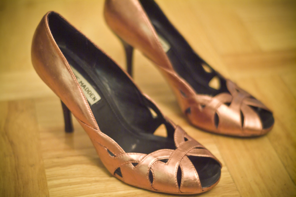Diy Metallic Pumps
