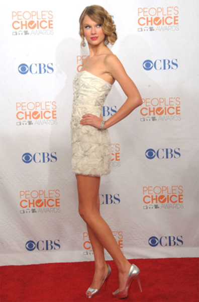 Taylor-Swift-Peoples-Choice-Awards-2010