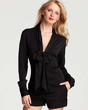 Tiefrontblouse