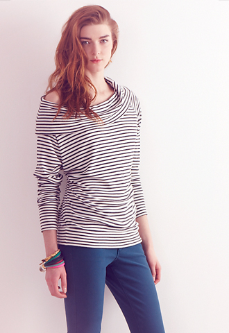 Striped-Cowlneck