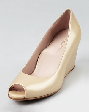 Taryn-rose-nude-patent-wedges