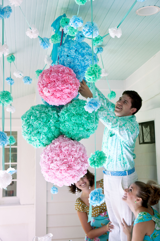 Happy-Home-Pompom-Party-Pouf