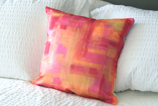 Diy-Painted-Pillow