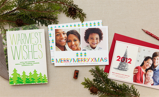 Hellolucky-Letterpress-Holiday-Photo-Cards-Warm-Family