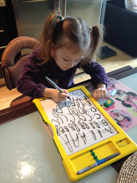 Crayola-Chloe-Dry-Erase-Activity-Center