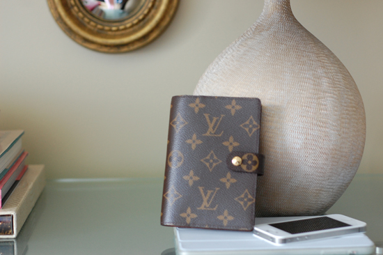 Louisvuitton-Agenda-Iphone-Ipad