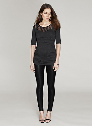 Isabella-Oliver-Blacklacetop-Leggings
