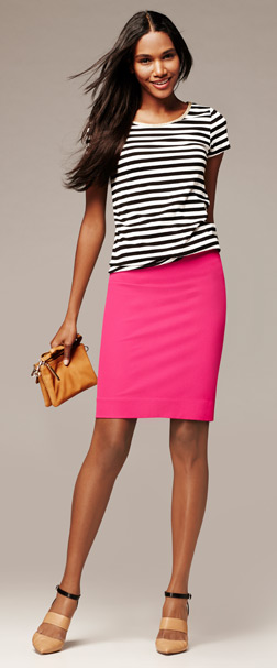 Banana-Republic-Striptee-Skirt-Look