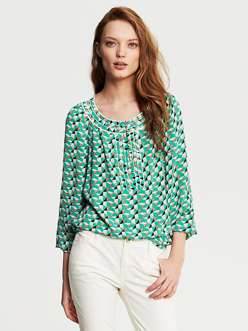 Banana-Republic-Geoprintblouse