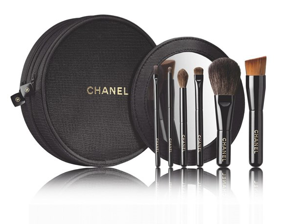 Chanel-Holiday2014-Brushes