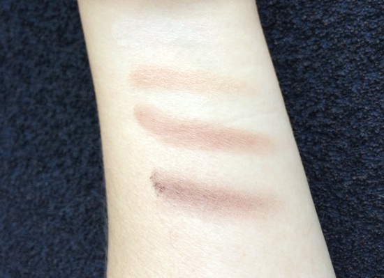 Burberry-Beauty-Eyeshadow-Mocha-Swatch