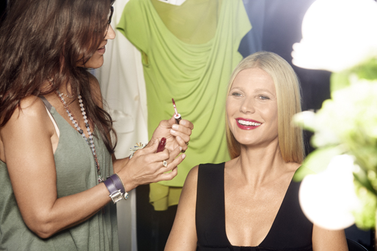 Juicebeauty-Bts-Gwynethpaltrow-Photoshoot