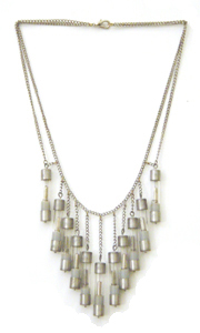 2006Albinskinecklace