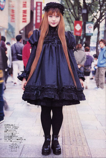 Gothic Lolitas and Japanese Fashion