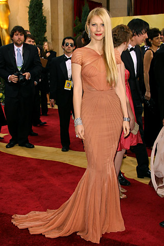 reese witherspoon oscars dress. was Reese Witherspoon who