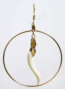 Oan Hoop Horn Earrings