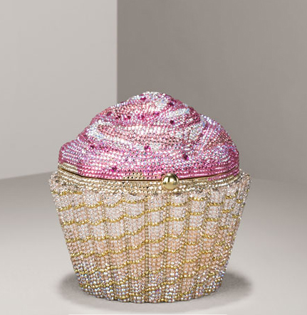 Strawberrycupcakeclutch
